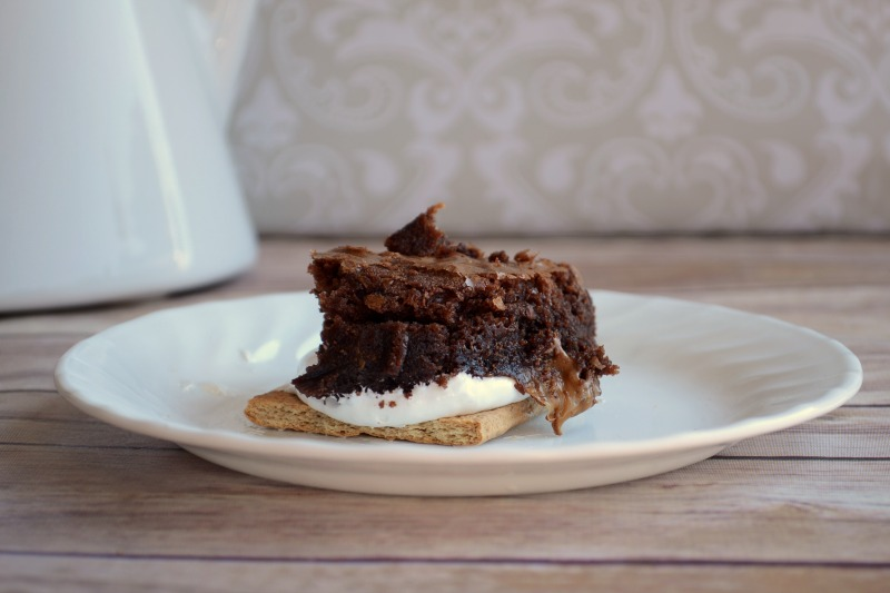 MARS Bites Brownie S'mores from It Happens in a Blink #shop #GameDayBites #CAMPAIGN #cbias