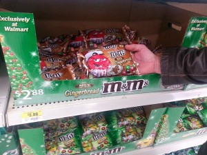 Gingerbread M&M in store #HolidayMM #shop #cbias