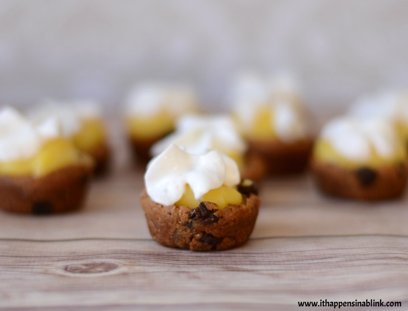 Banana Pudding Chocolate Chip Cookie Cups from It Happens in a Blink