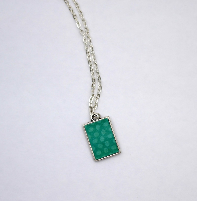 Reversible DIY Pendant Necklace using Silhouette from It Happens in a Blink