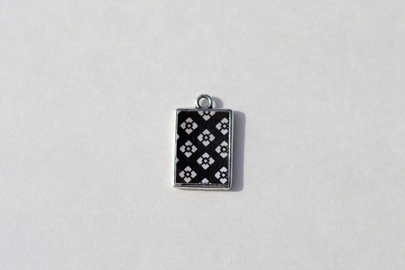Reversible Pendant from It Happens in a Blink