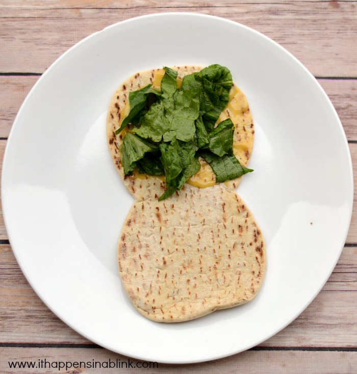 Kid Friendly Veggie Pitas for a #JungleFresh Movie Night #shop #cbias