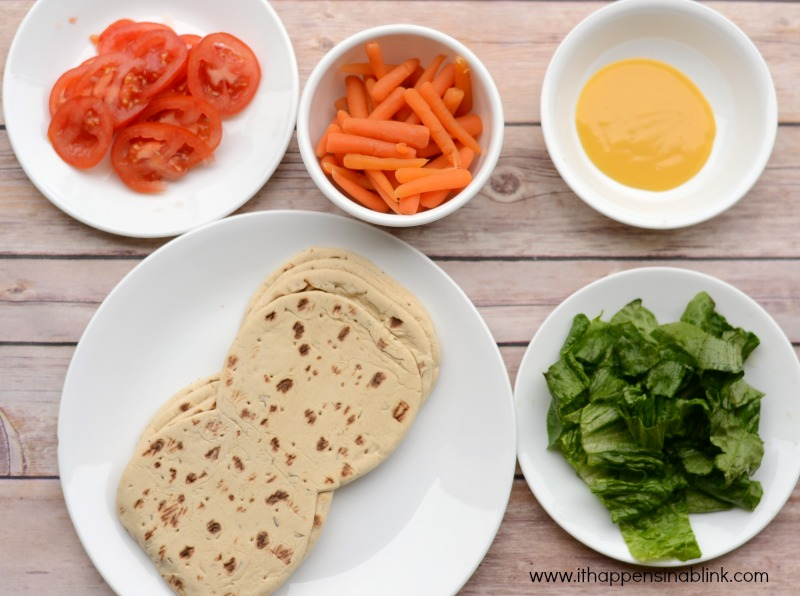 Kid Friendly Veggie Pitas for a #JungleFresh Family Movie Night #shop #cbias