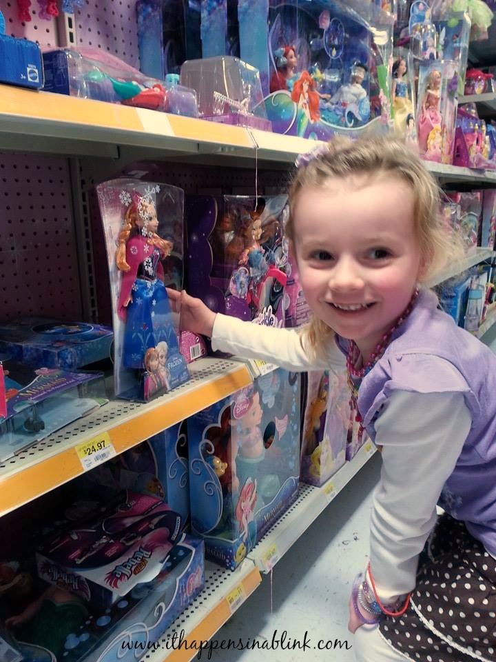 #FROZENfun Walmart shopping trip #shop #cbias