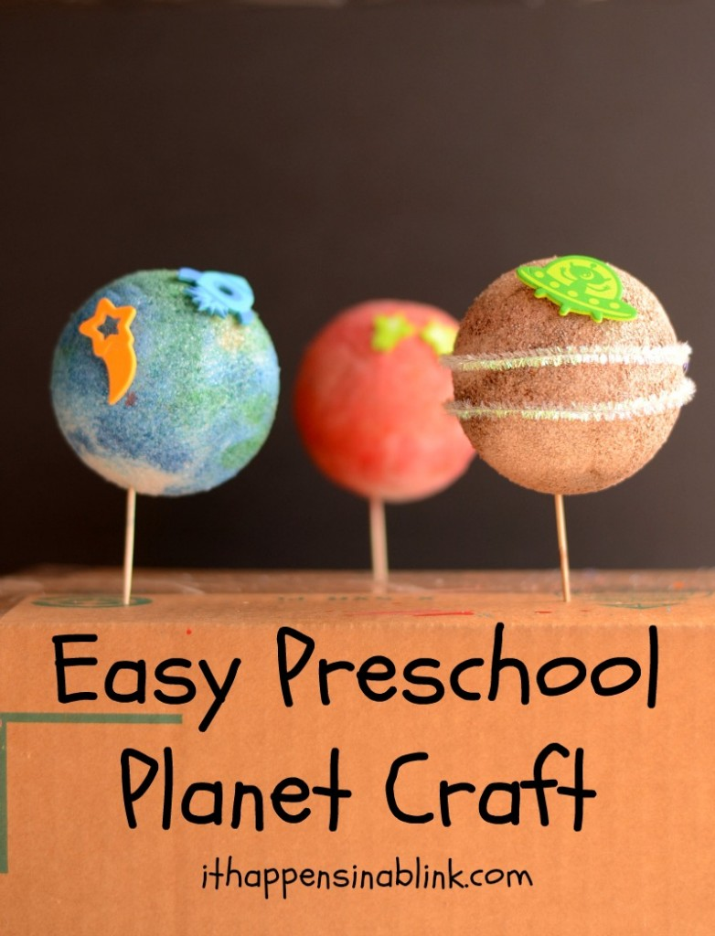 Easy Preschool Planet Craft from It Happens in a Blink