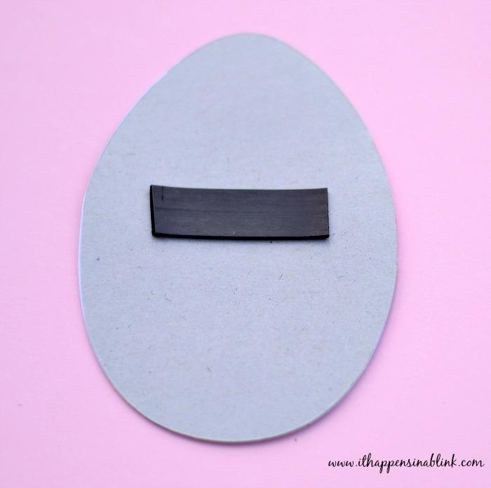 Cricut-Egg-Magnet-back