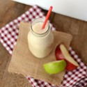 Apple Pie Smoothie with #BreakfastEssentials