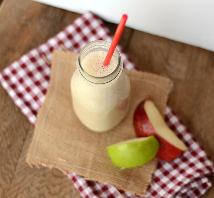 Apple Pie Smoothie #BreakfastEssentials #PMedia #ad