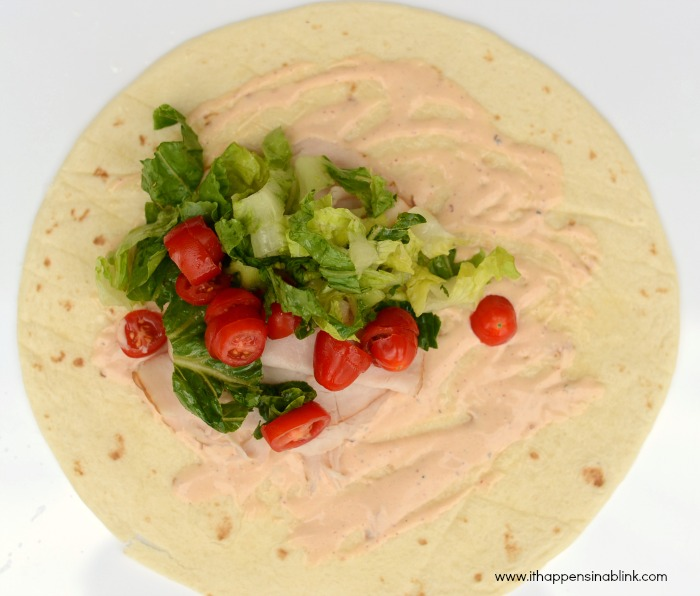 Spicy Turkey Wrap from It Happens in a Blink #TEArifficPairs #shop #cbias