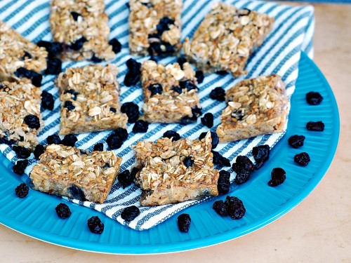 Baked Blueberry Oatmeal Bars from The Redhead Baker