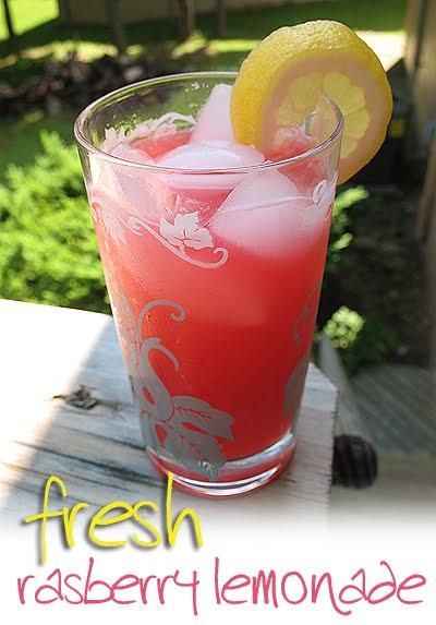 Fresh Raspberry Lemonade from Amanda's Cookin'
