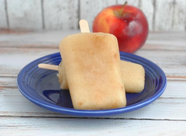 Applesauce-popsicles-side_1000