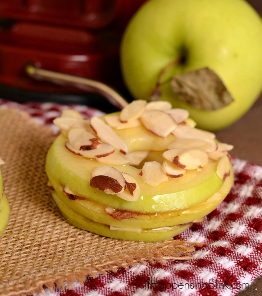 Apple Stackers Snacks |   ItHappensinaBlink.com   |