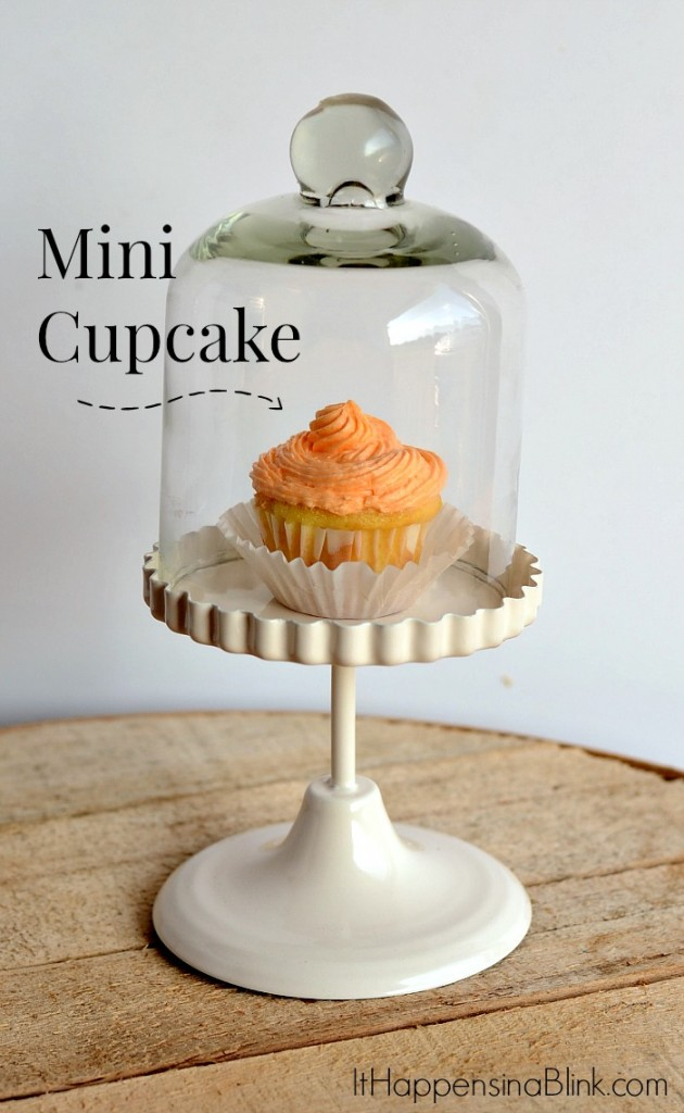 Orange Creamsicle Cupcakes  |  ItHappensinaBlink.com