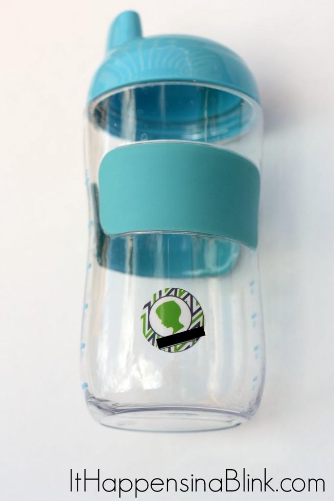 How to Mark Bottles For Multiple Babies  |   ItHappensinaBlink.com