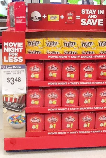 Movie Night pallet #MovieNight4Less #ad
