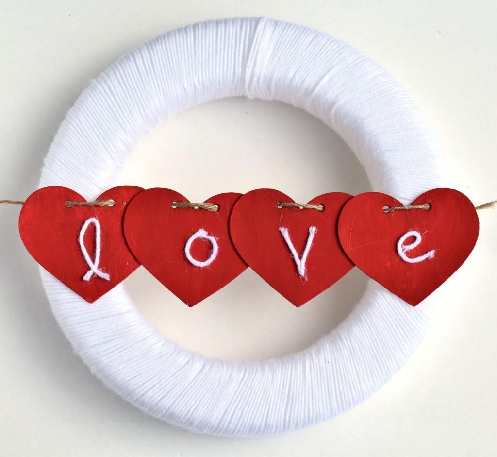 Yarn Wrapped Valentine's Wreath Tutorial
