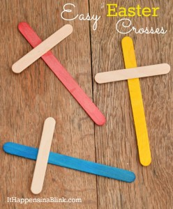 Easy Easter Crosses | ItHappensinaBlink.com | Uses only 3 supplies. Great craft for Sunday School, Children's Church, or VBS