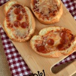 Mini Pizzas and a Family Christian Certificate Giveaway