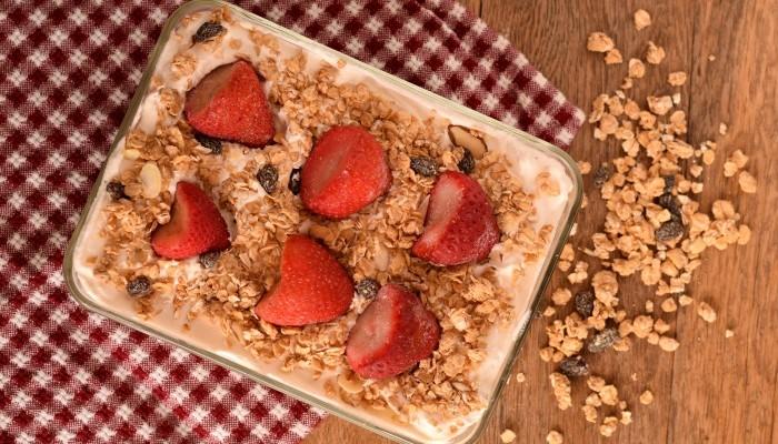 Dessert for Two: Vanilla Cupcake Whipped Cream Cake | #ad | Use yogurt to make a dessert for two