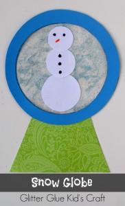 Snow Globe Glitter Glue Kid's Craft   Use glitter glue and a plastic baggie to create a fun winter themed kid's craft!