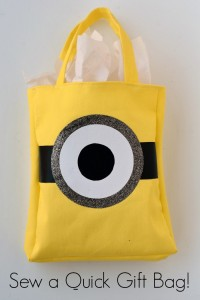 Gift a Family Movie Night with a DIY Minion Gift Bag | AD #MinionsAtTarget