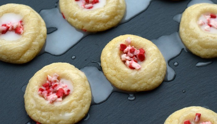 Peppermint Glaze Sugar Cookies | AD | A few additions to pre-made sugar cookie mix to make these cookie