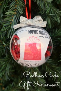 Redbox Code Gift Ornament | AD | Give the gift of a movie night with this easy and inexpensive DIY gift ornament
