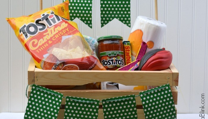 Super Bowl Party in a Box | AD | Bring party essentials to your Super Bowl hostess with this cute party in a box