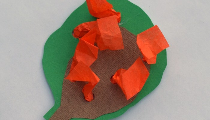 Moses and the Burning Bush Kid's Craft | Part of the Craft Through the Bible kid's craft series. Great for VBS, children's church, or Sunday school
