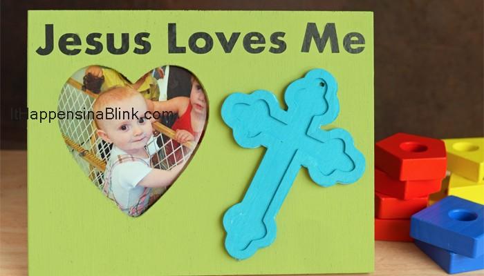 Jesus Loves Me Kid's Frame