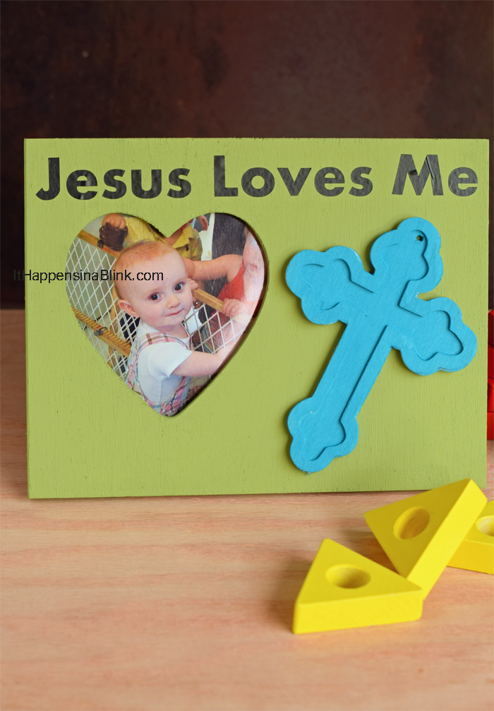 Jesus Loves Me Kid's Frame