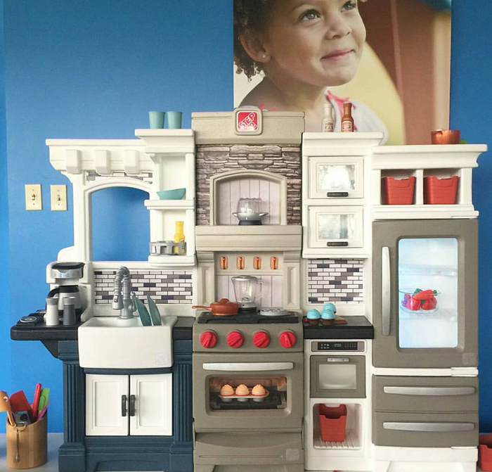 Step2 Valhalla Play Kitchen AD