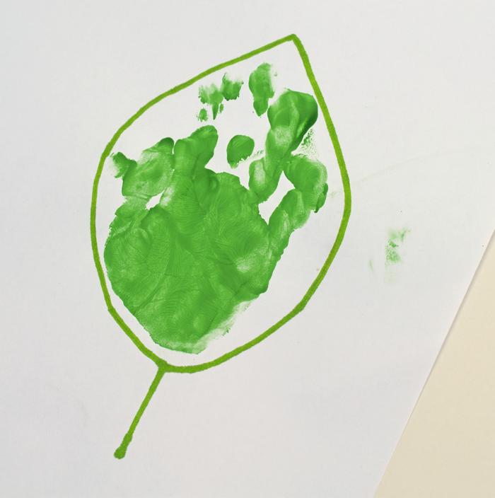 "Letter ""L"" Leaf Handprint Art for Preschoolers"