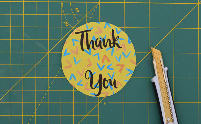 Bright and Cheery Thank You Cards {with free printable!} AD #SpringCreations | Easy thank you card tutorial, perfect for a mom's craft night