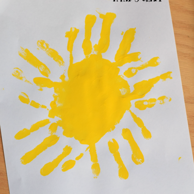 Fun handprint sun art piece for preschoolers AD