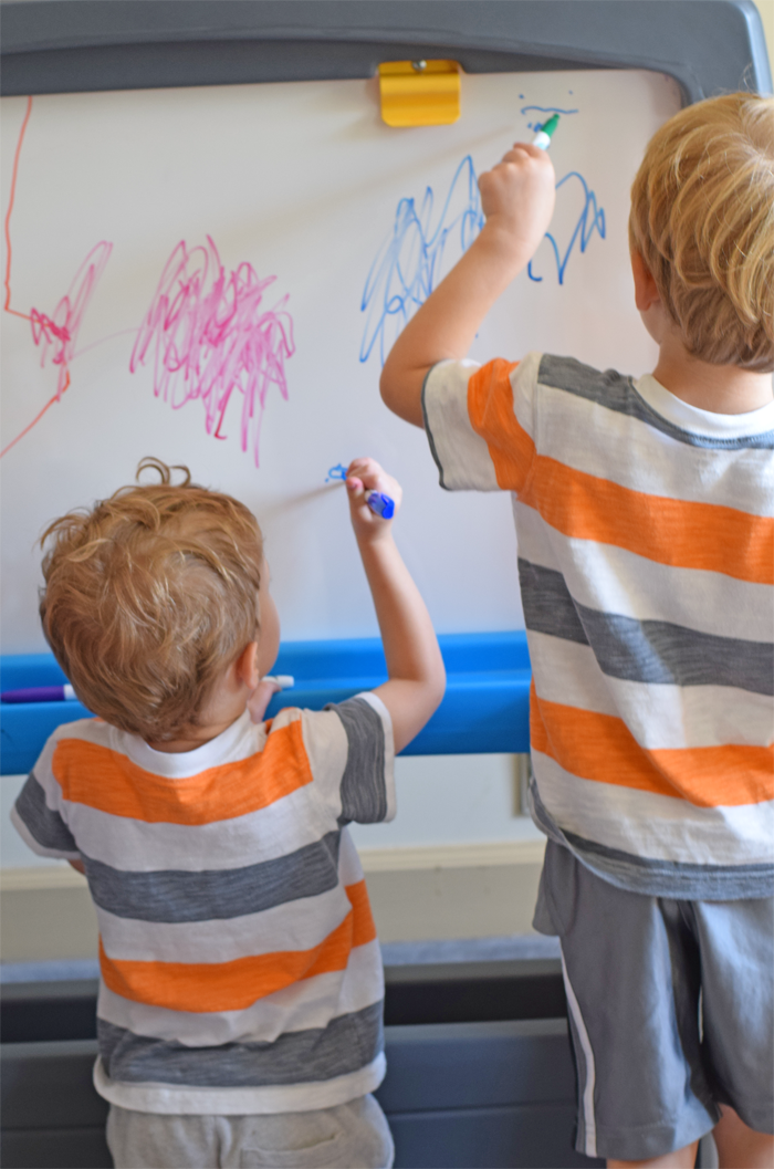 The Step2 Jumbo Art Easel is a great product for moms of twins, triplets, and more! AD