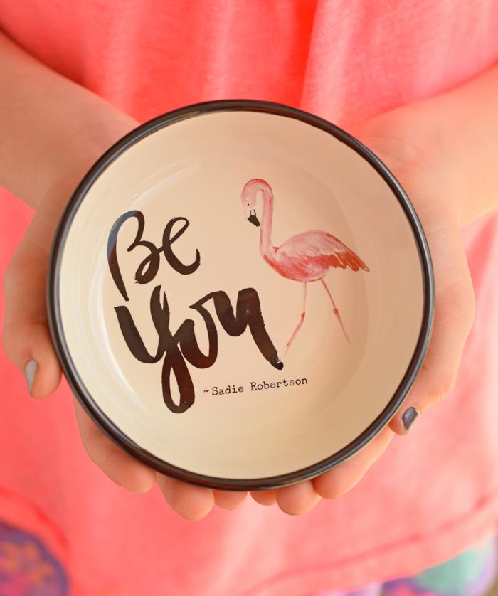 Sadie Robertson Flamingo Cup