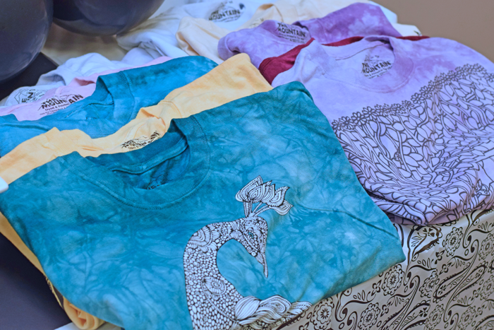 Host a T-shirt Adult Coloring Night complete with a black and white coloring themed tablescape