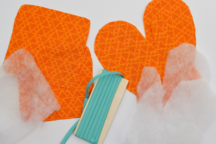 Kid's Play Oven Mitt and Pot Holder AD