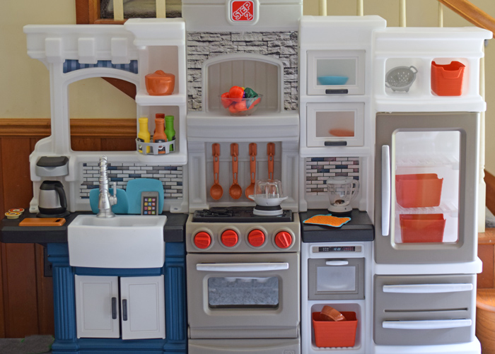 Grand Luxe Kitchen from Step2 AD
