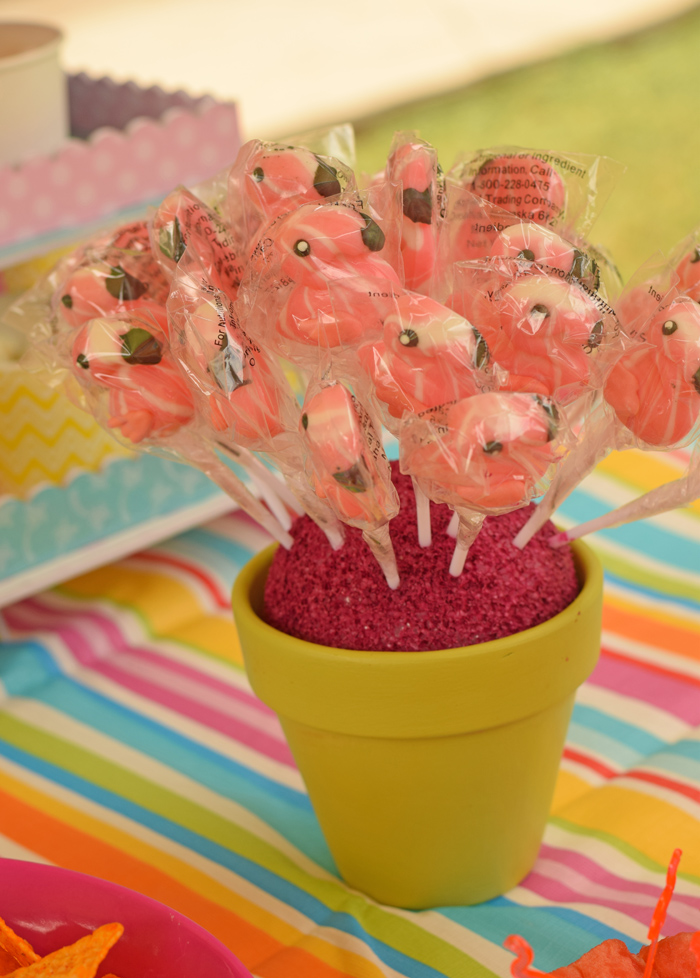 Easy DIY Lollipop Stand for a children's birthday party
