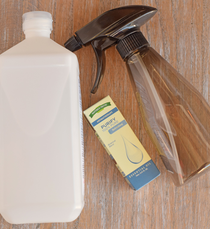 Gym Bag Spray: DIY Shoe Deodorizer Spray For Stinky Shoes