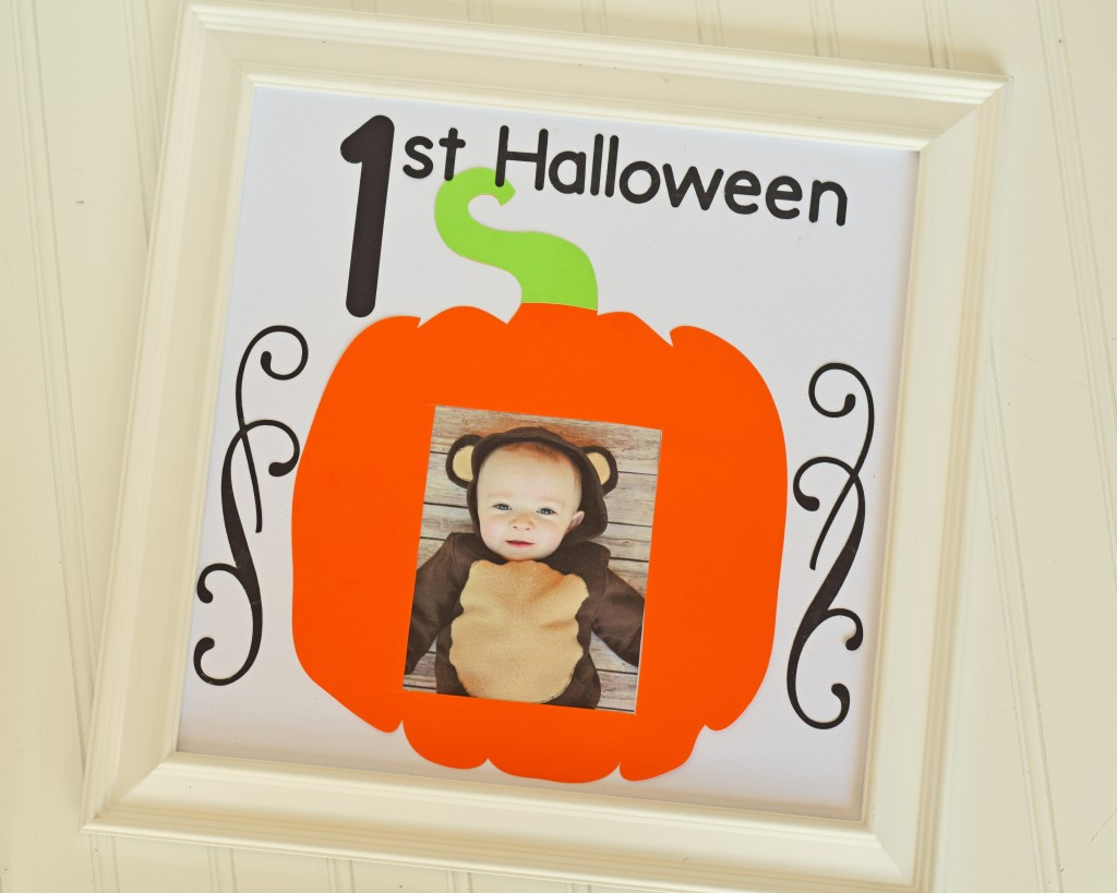 Baby's First Halloween Frame made with Cricut Explore AD