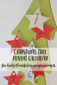 DIY Christmas Tree Advent Calendar with daily thankfulness or prayer prompts AD