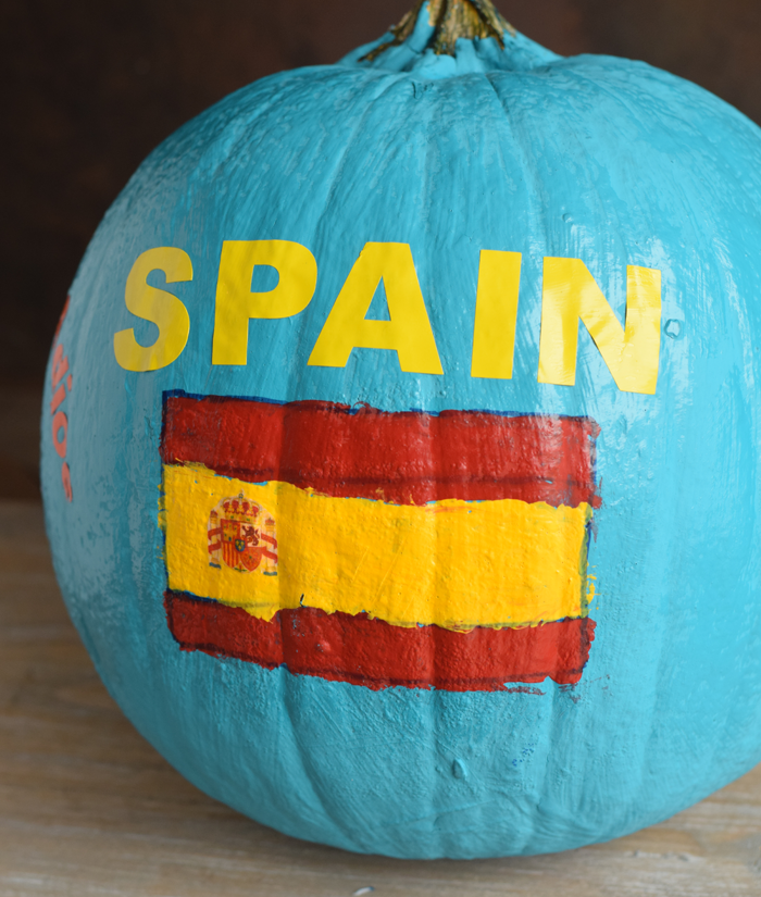 Country Pumpkin School Project for Spanish class