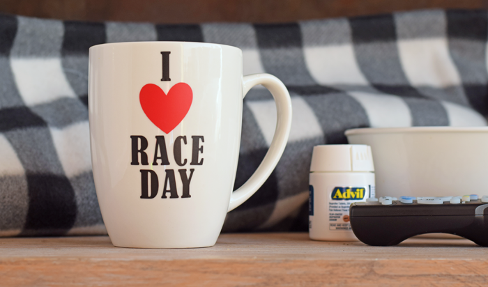 DIY I Heart Race Day Mug is a great gift idea for the racing fan in your life! AD