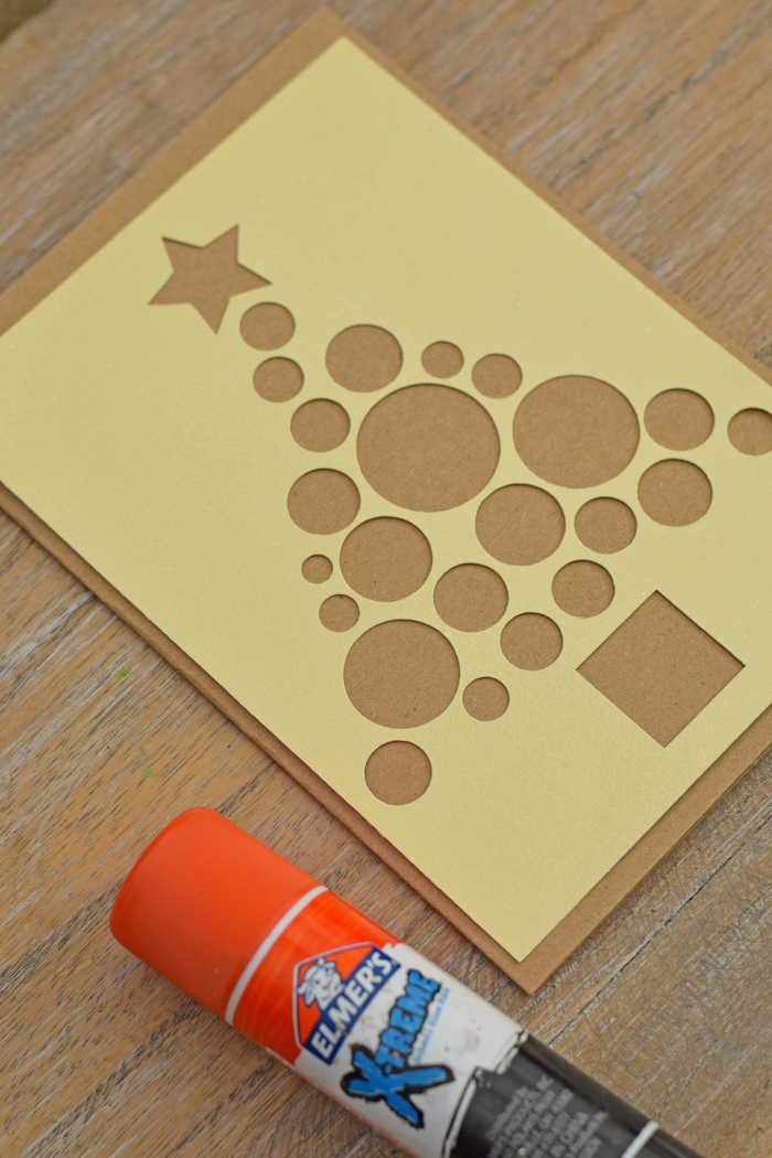 Circle Christmas Tree Cards with the Cricut Explore