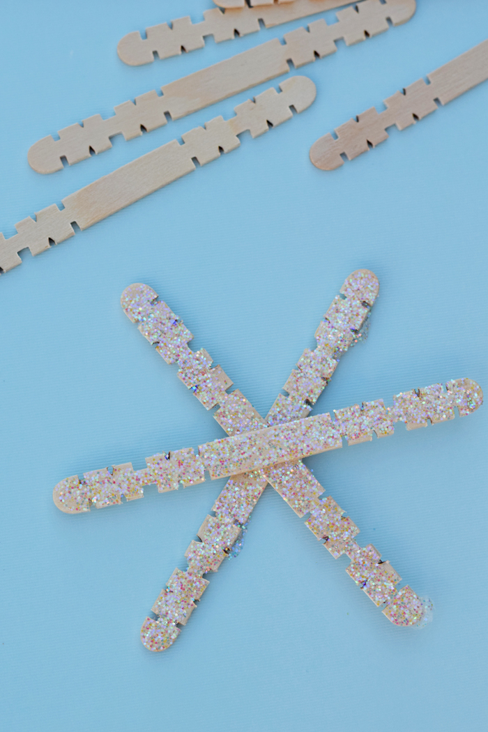Craft Stick Glitter Snowflake kid's craft