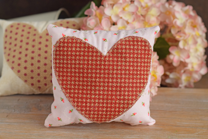 Mini Valentine's Day Pillow with Burlap Heart made with a Cricut Explore Air 2